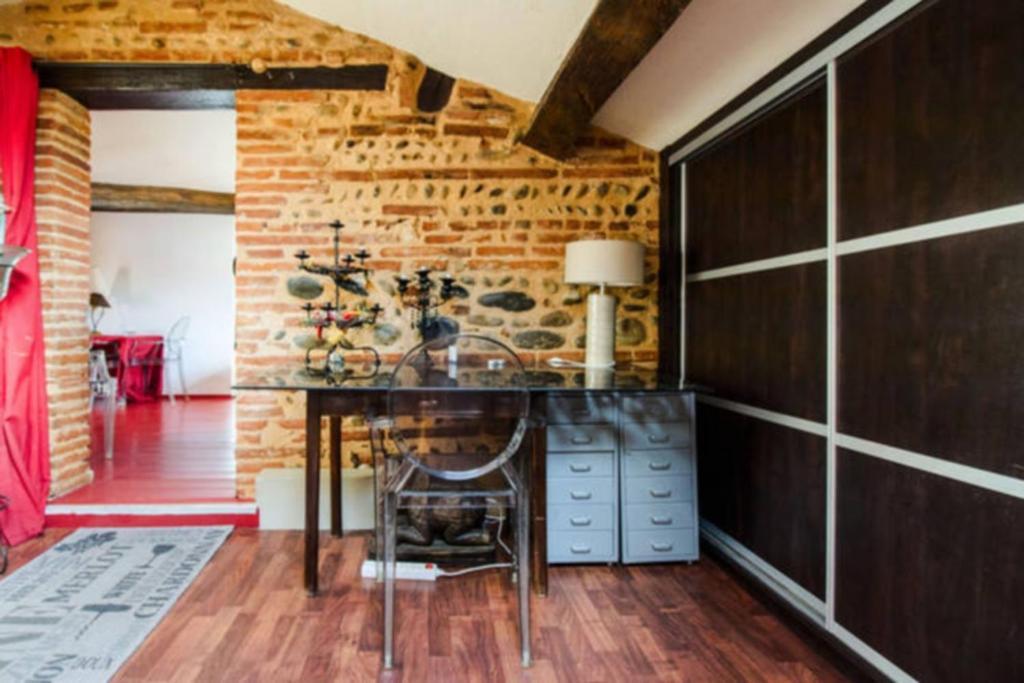 Appartement beau 4 pi ces avec parking et terrasse - Ustensiles de cuisine toulouse ...