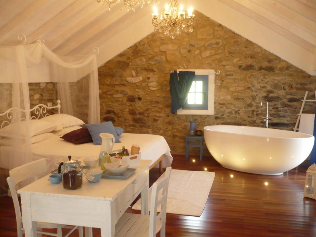La pecora nera dolceacqua online booking viamichelin - Habitaciones juveniles con encanto ...