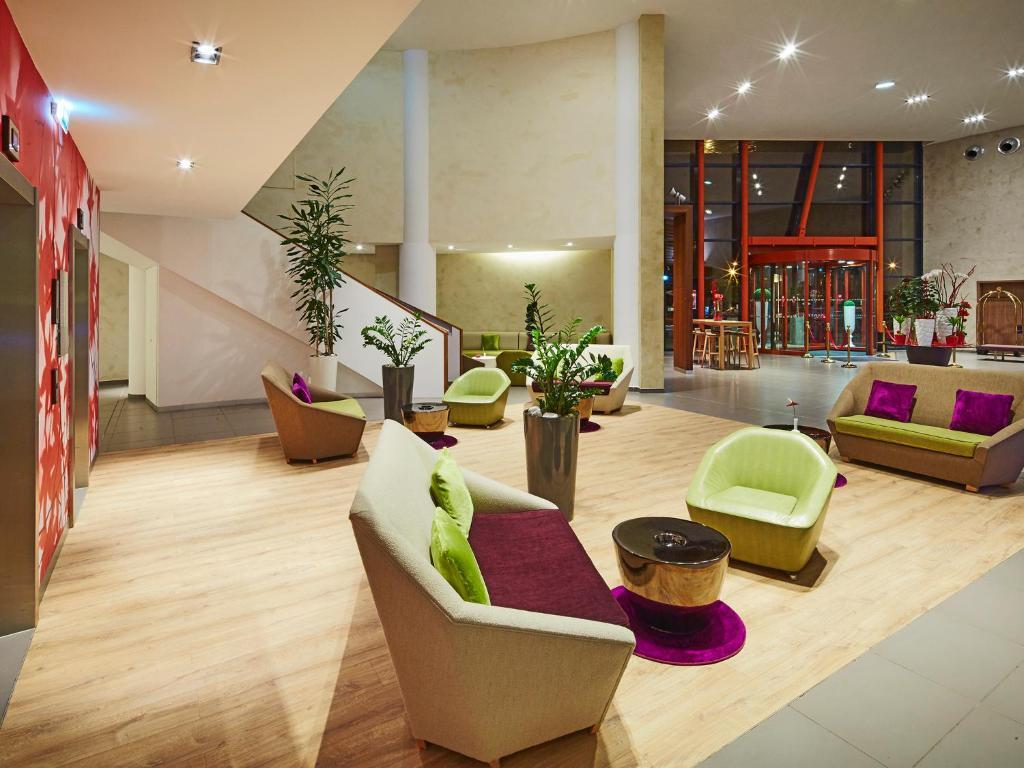 hotel golden tulip amn ville amn ville les thermes. Black Bedroom Furniture Sets. Home Design Ideas