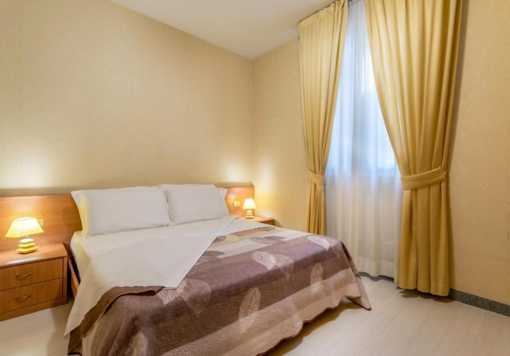 Hotel Donatello Bologna Via Indipendenza