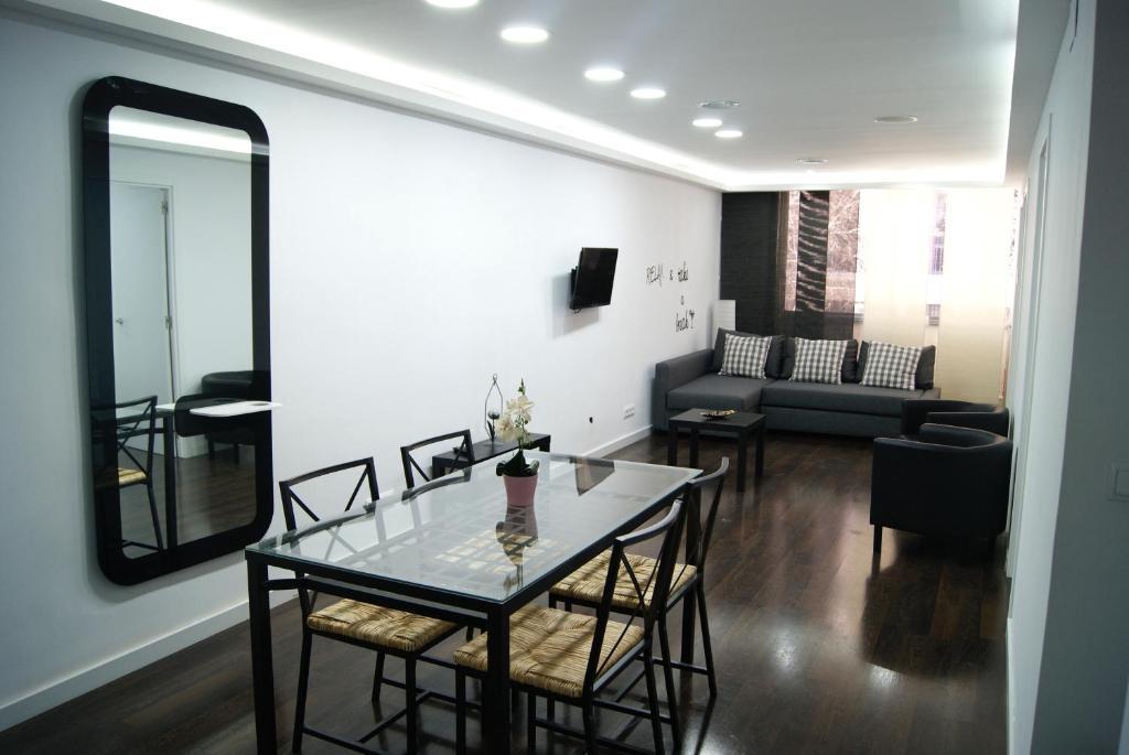 Appartement places4stay loft locations de vacances barcelone - Location loft barcelone ...