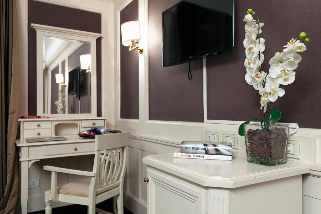 Europa hotel design spa 1877 rapallo viamichelin for Designhotel europa