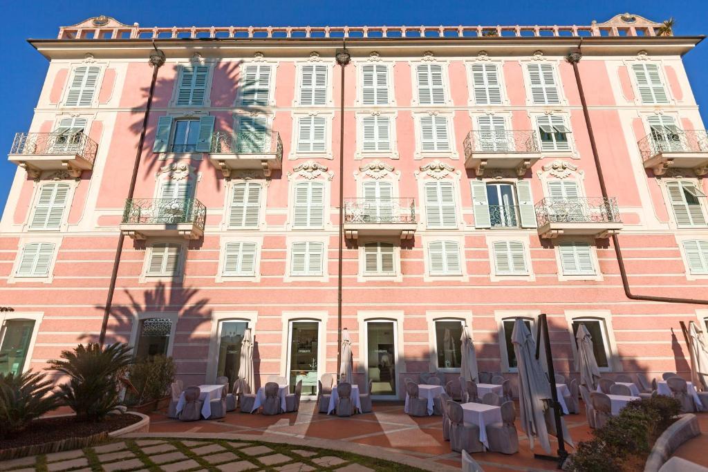 Europa hotel design spa 1877 rapallo viamichelin for Design hotels europa