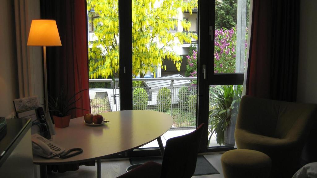 Design hotel zollamt kaiserslautern viamichelin for Design hotel zollamt