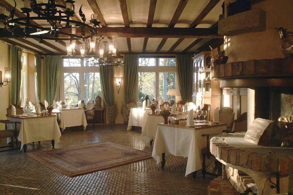 romantik hotel hof zur linde m nster informationen und buchungen online viamichelin. Black Bedroom Furniture Sets. Home Design Ideas