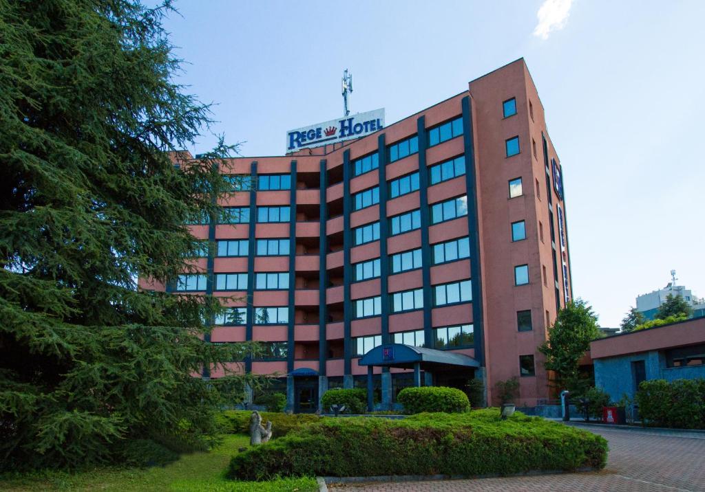 Rege hotel r servation gratuite sur viamichelin for Arredamenti ballabio san donato milanese