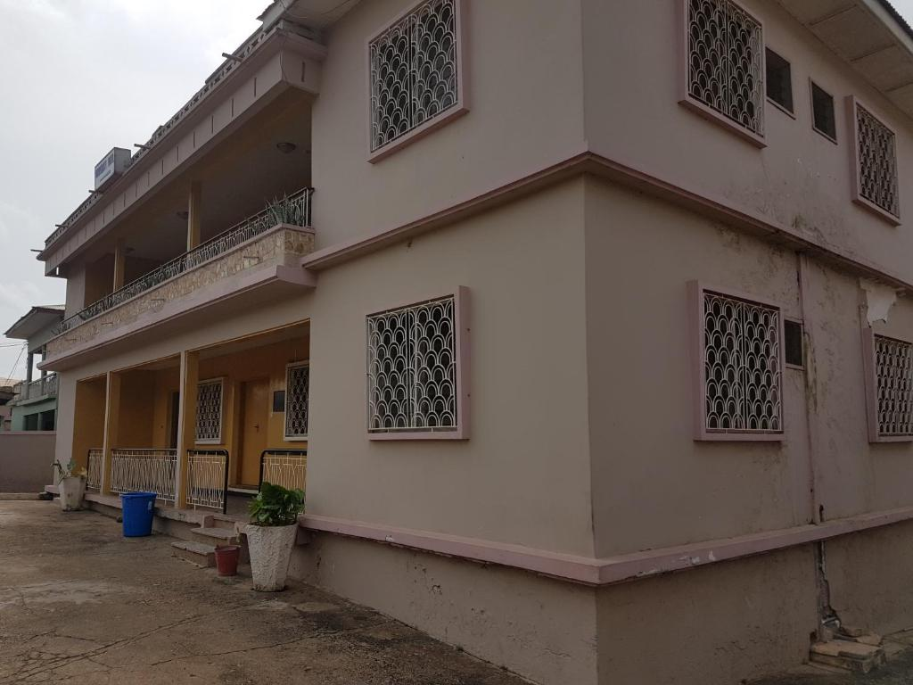 University Hotel