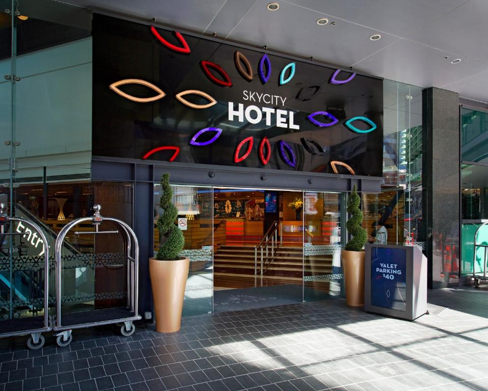 skycity hotel auckland auckland book your hotel with. Black Bedroom Furniture Sets. Home Design Ideas