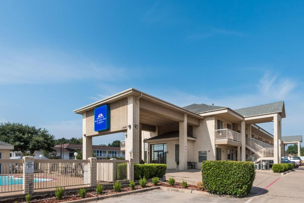 Americas Best Value Inn & Suites Fort Worth South