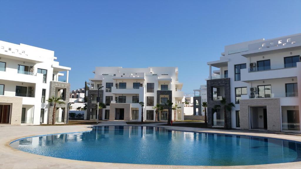 Wohnung de luxe dans r sidence avec jardin et deux for Residence luxe