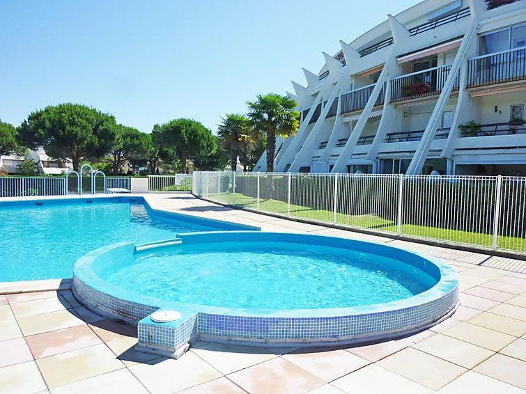 Appartamento t2 cabine pres des commerces calme et piscine for Camping la grande motte avec piscine