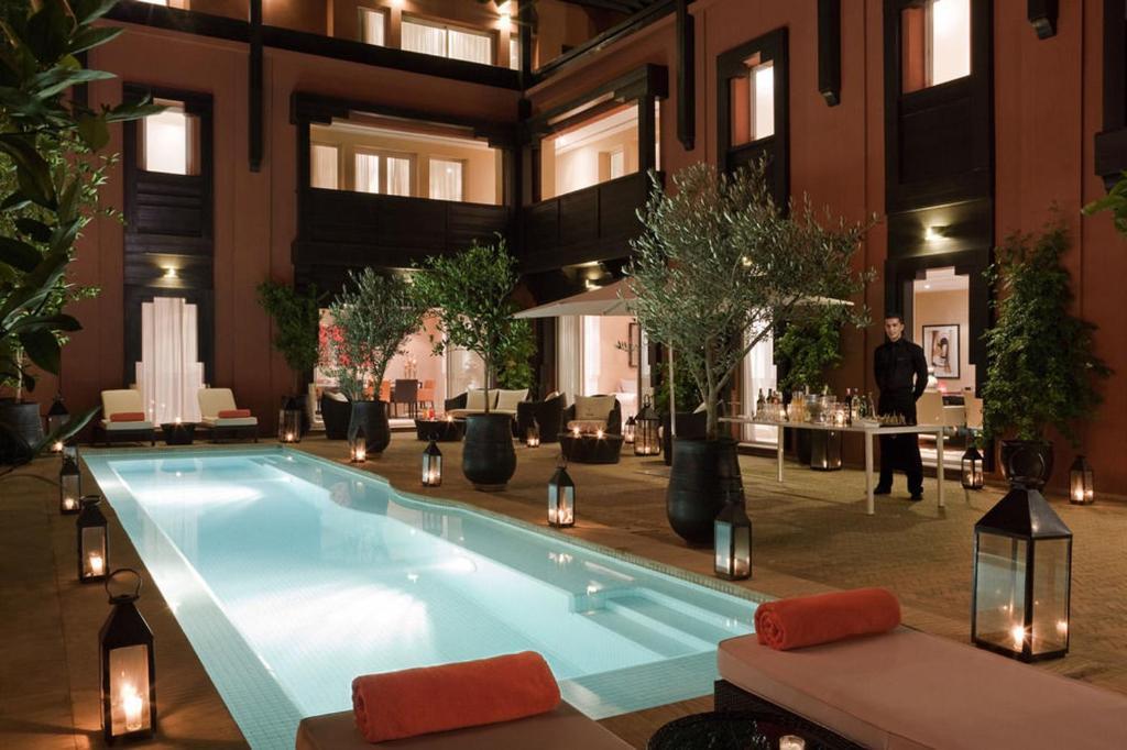 A piscina localizada em Riad Lavande ou nos arredores