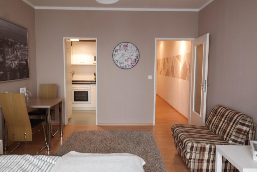 Apartment beige bremen informationen und buchungen for Design hotel ueberfluss