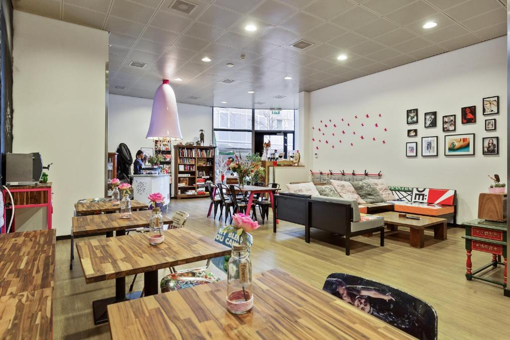 Hostelle female only hostel amsterdam informationen for Ostelli amsterdam