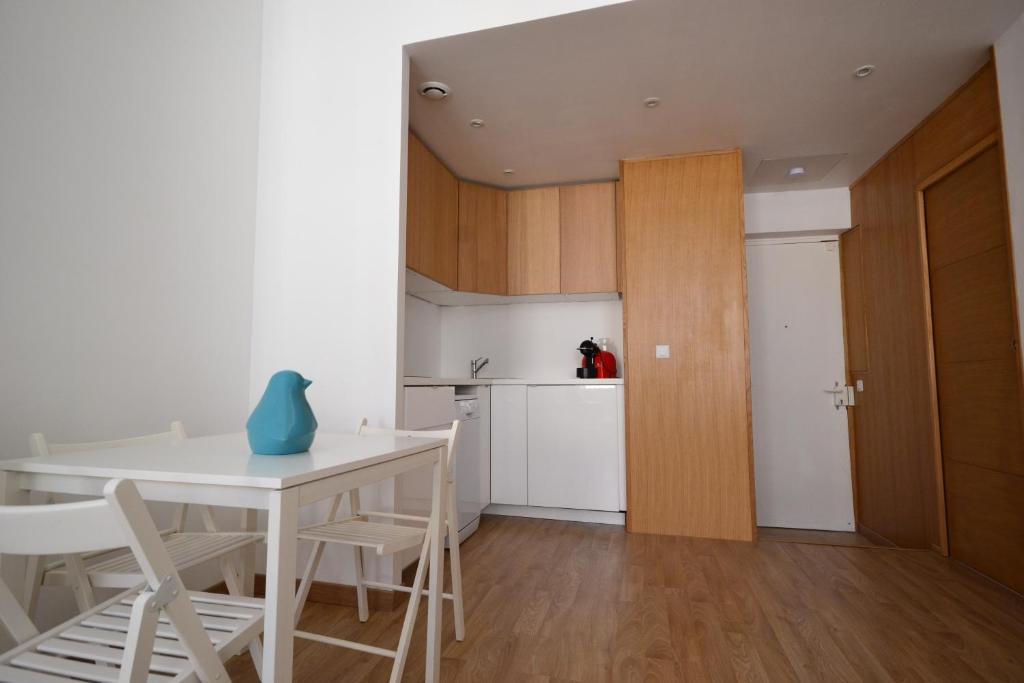 Appartement t2 centre ville vieux port locations de for Appartement design centre marseille vieux port