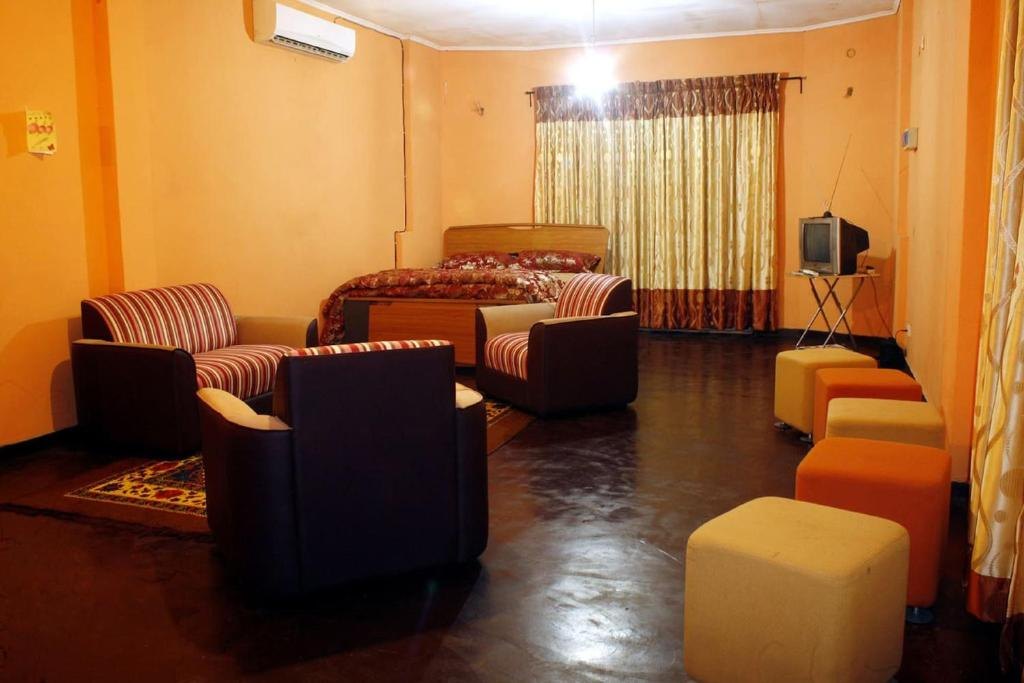Private Room, Studio Apartment Ambatenna, Kandy. Part 90
