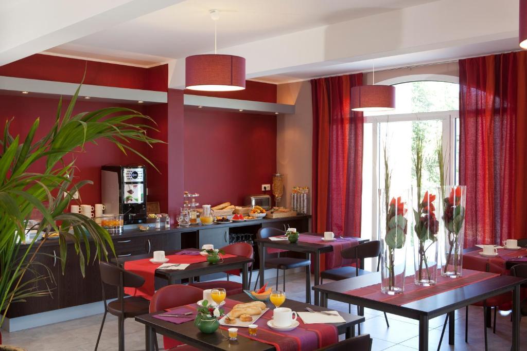 Hotel Piscine Le Puy En Velay