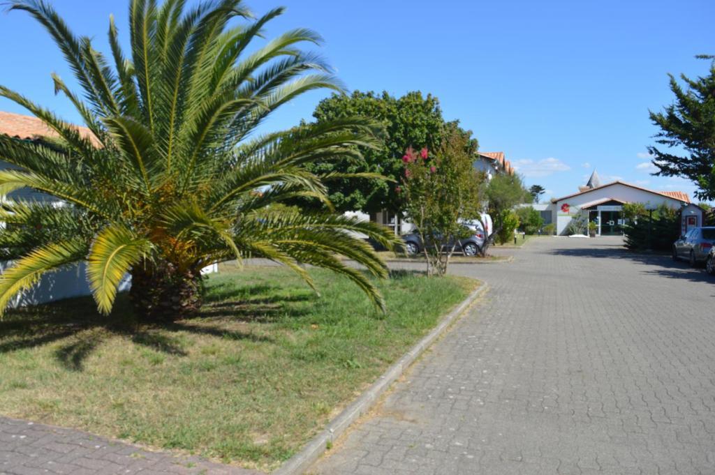 Les jardins d 39 ol ron r servation gratuite sur viamichelin for Hotel des bains oleron