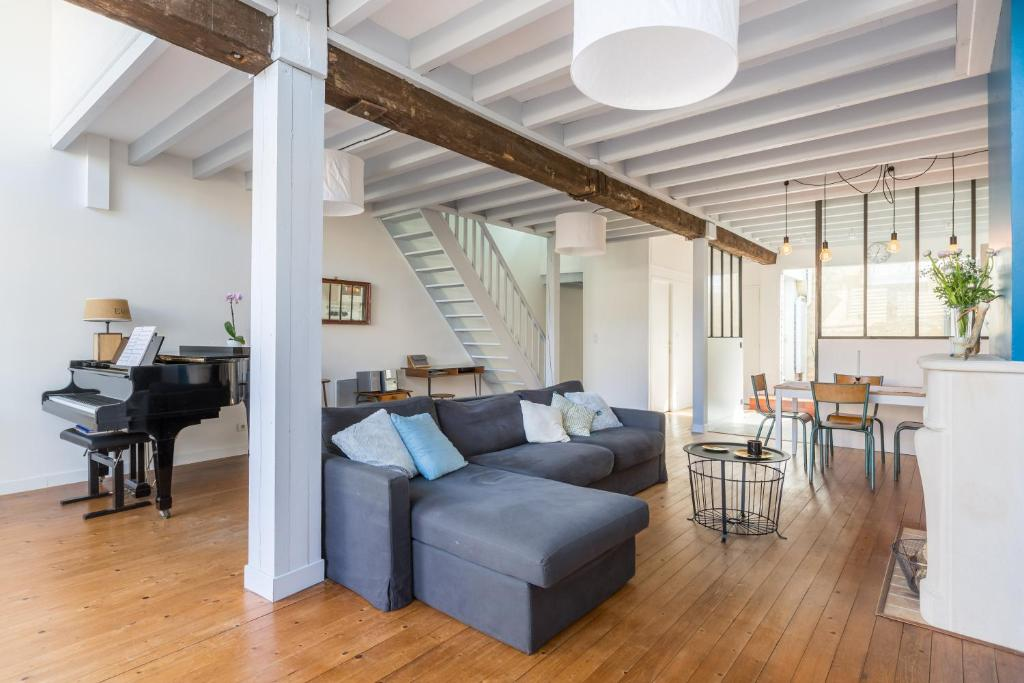Appartement former winery charming loft locations de vacances bordeaux - Location loft bordeaux ...