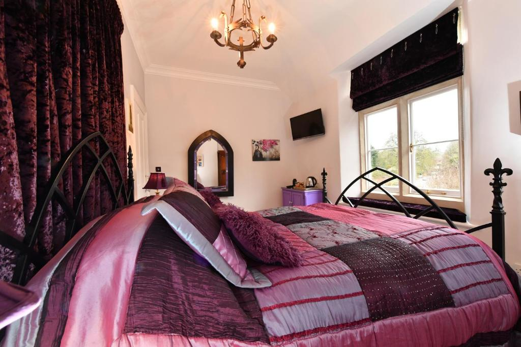White Horse Hotel Derry Spa