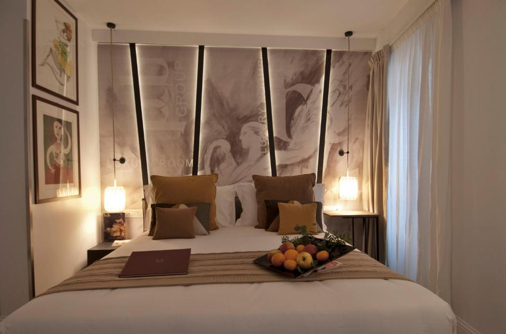 Bdb luxury rooms navona angeli rome online booking for Hotel luxury navona