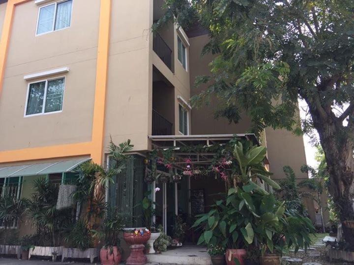 Mi casa apartment chiang mai online booking viamichelin for Mi casa online