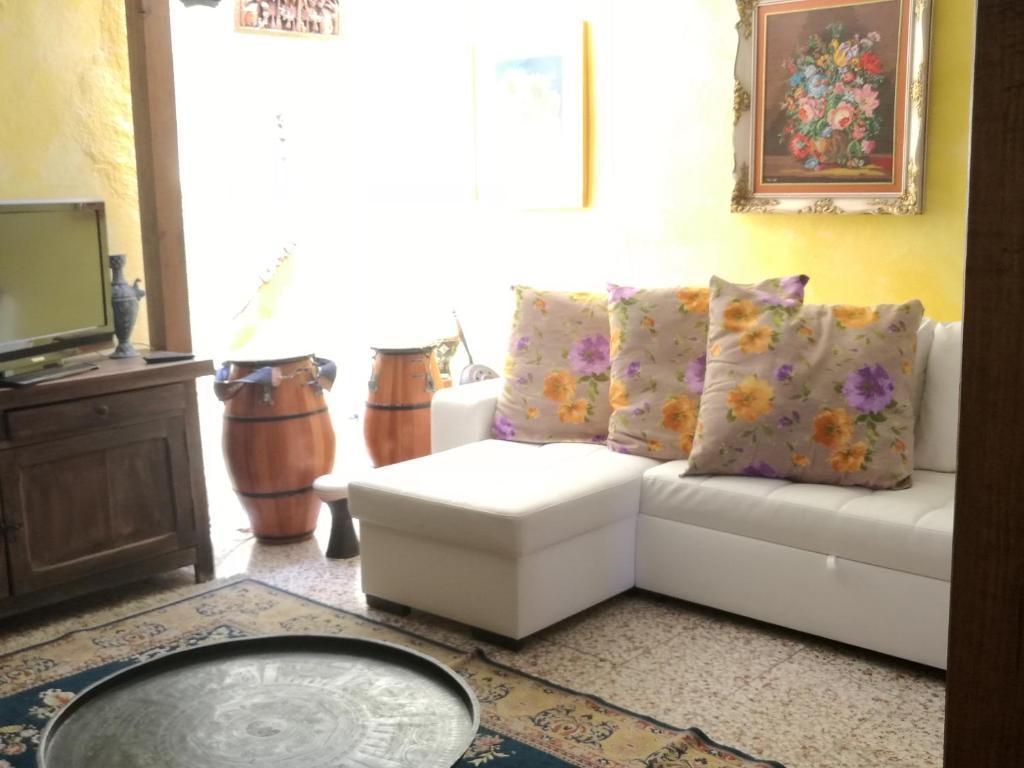 Casa De Campo Casa Sim N Higuera 8 Espa A Igueste Booking Com # Muebles Higuera La Real