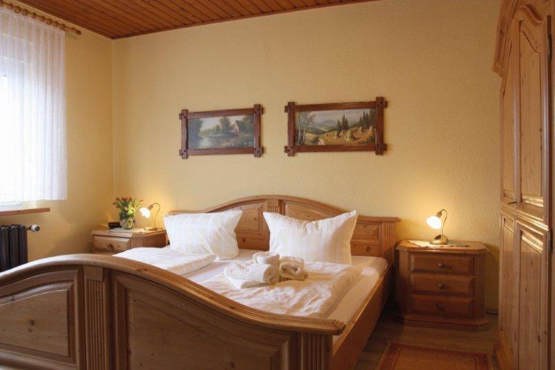 zum roten hirsch im gr nen wald gr fenthal prenotazione on line viamichelin. Black Bedroom Furniture Sets. Home Design Ideas