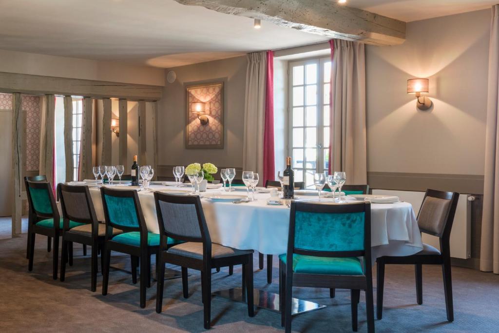 Hotel Restaurant Vieux Remparts Provins
