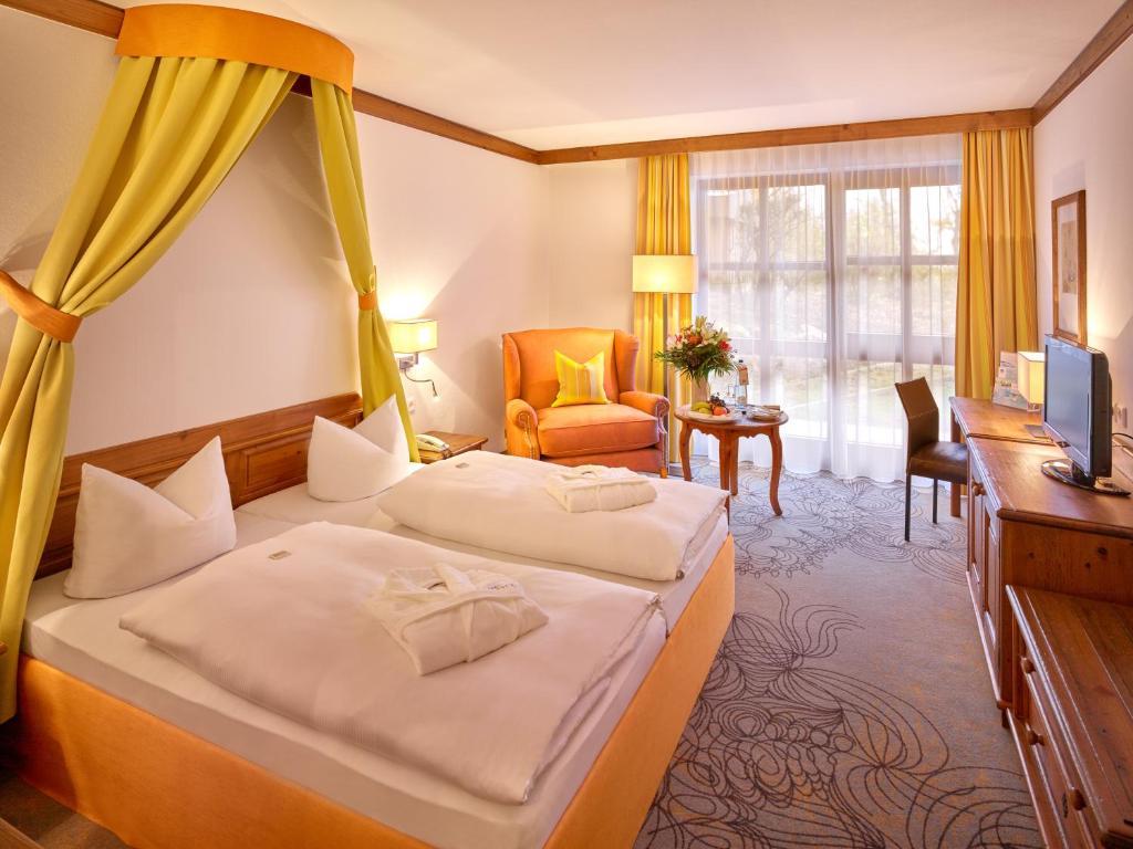 Hotel Furstenhof Quellness Und Golfhotel In Bad Griesbach