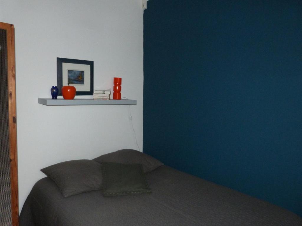 chambre d 39 h tes la grotte de voltaire chambres d 39 h tes nantes. Black Bedroom Furniture Sets. Home Design Ideas