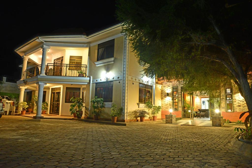 Royal Vicoria House