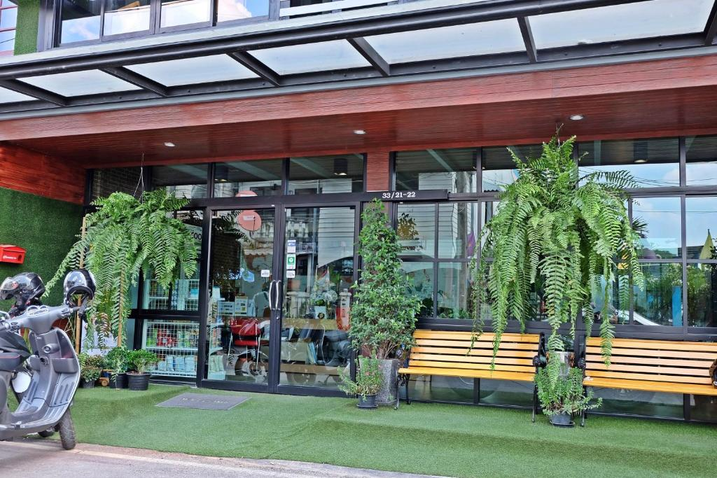 Hipster hotel mini chiang mai book your hotel with for Hipster hotel