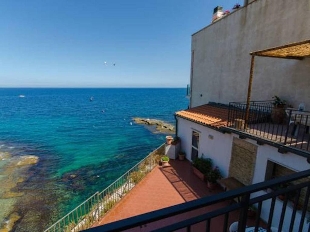 Terrazza sul mare holiday houses siracusa - Terrazzi sul mare ...
