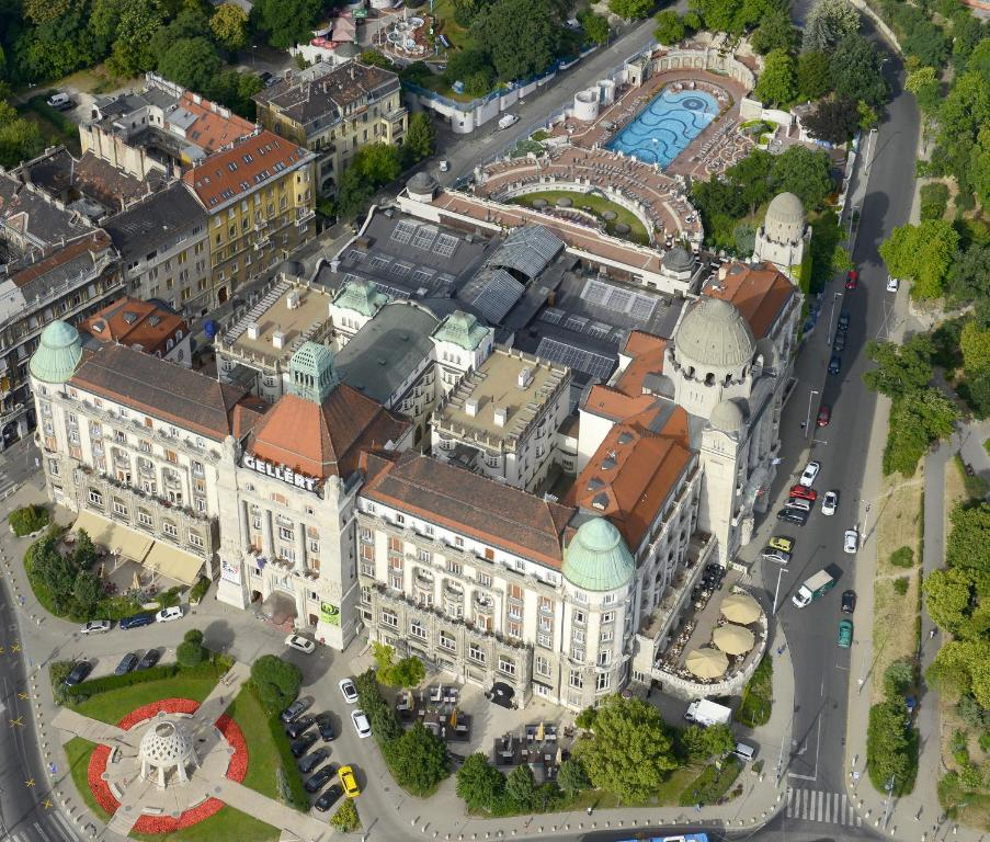 Hotel gell rt budapest ungheria budapest for Soggiorno budapest