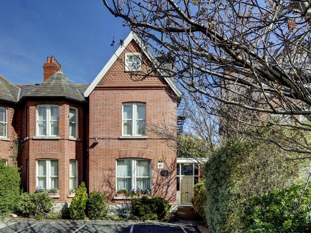 Chambres d 39 h tes glenogra townhouse chambres d 39 h tes dublin for Chambre hote dublin