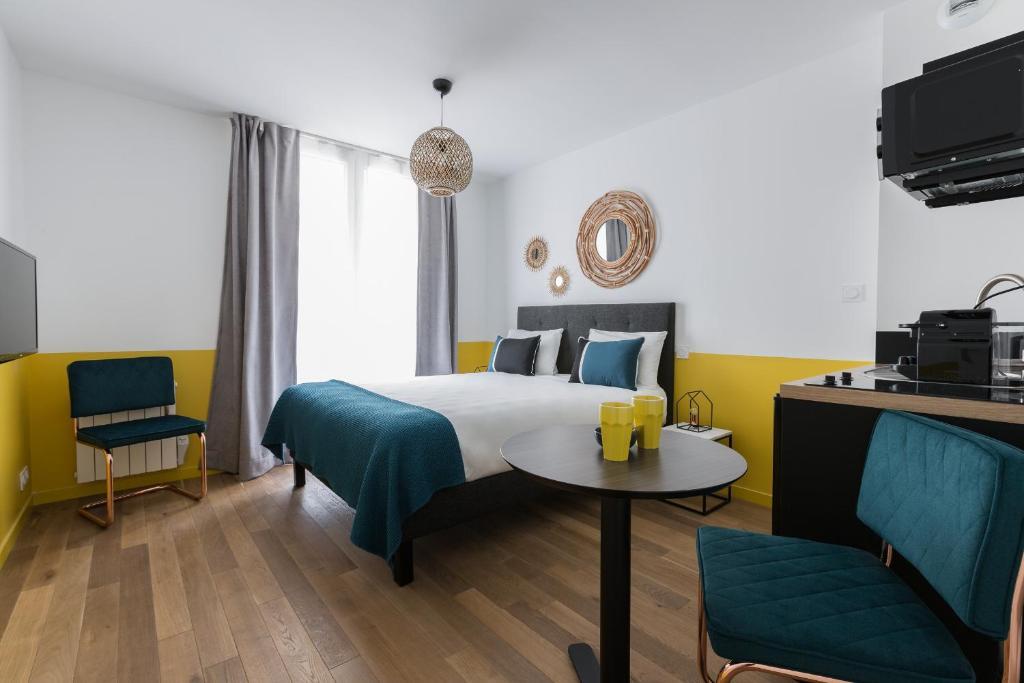 appart 39 rennes bnb 2 appart 39 hotels rennes. Black Bedroom Furniture Sets. Home Design Ideas