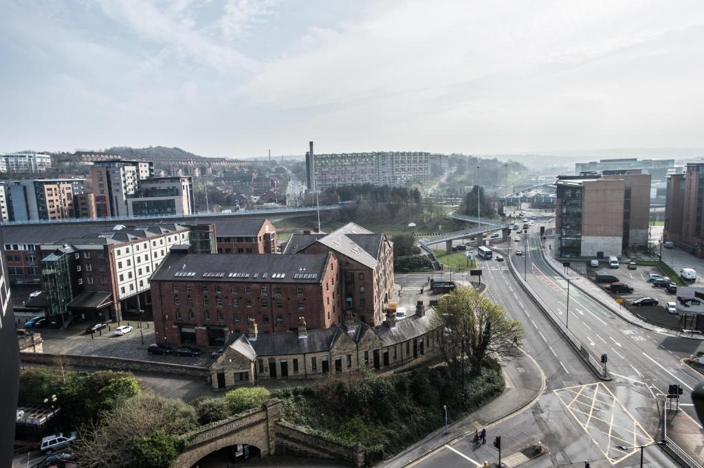 Sheffield Metropolitan Hotel Parking