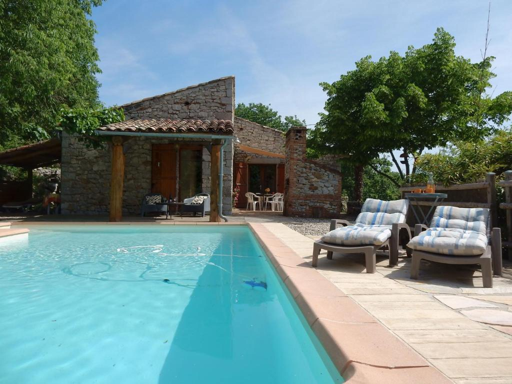 Maison de vacances st alban auriolles 3 maison de for Piscine st alban