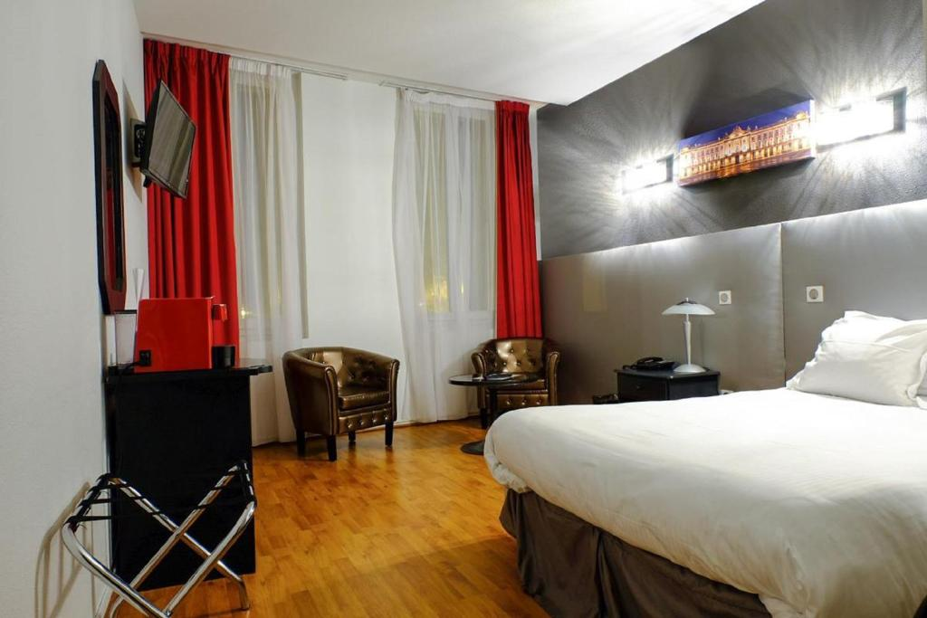 Occitania centre toulouse matabiau toulouse book your for Hotels toulouse centre