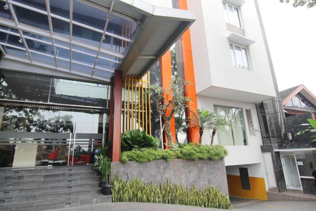 Bandung Tour Packages & Jakarta - Jacktour.com