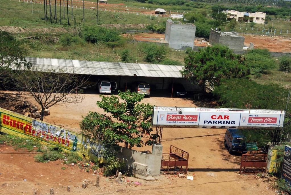 Temple City Hotel Melur