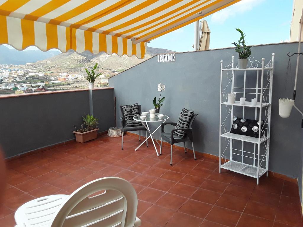 Departamento piso terraza galdar espa a g ldar for Pisos de terrazas