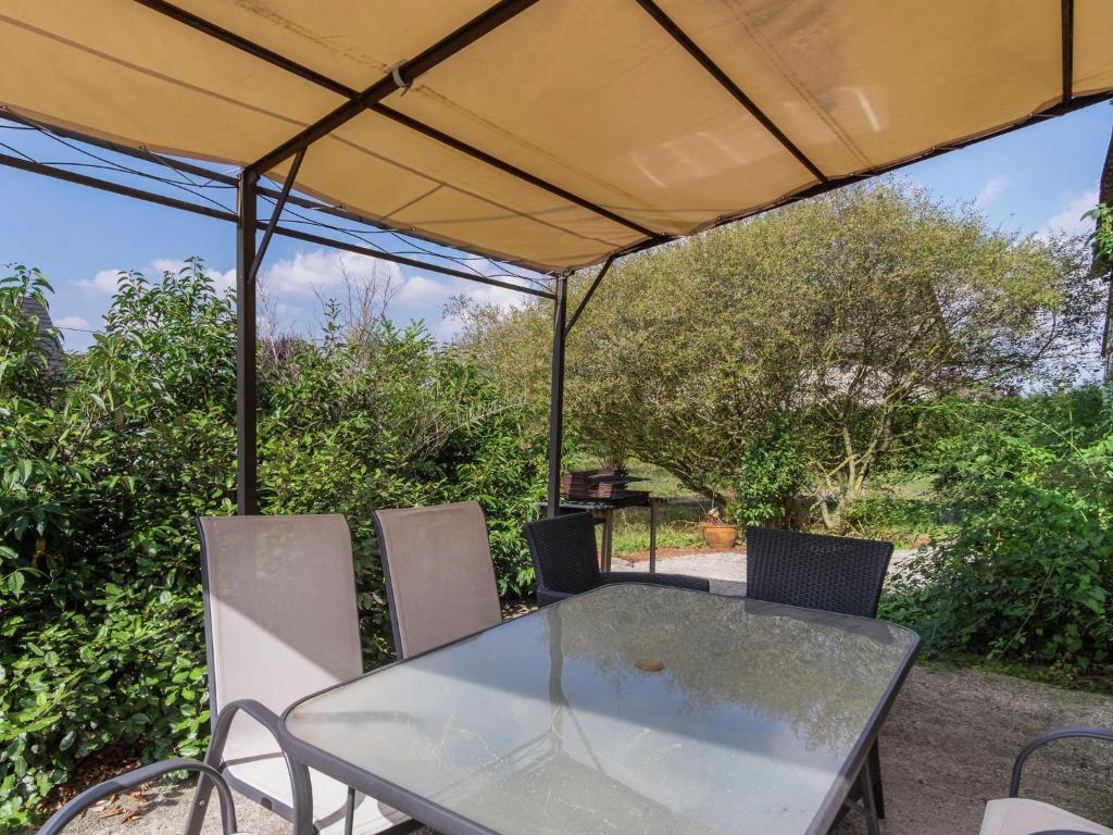 Maison le petit bois girard locations de vacances giroux for Amenagement petit jardin 70m2