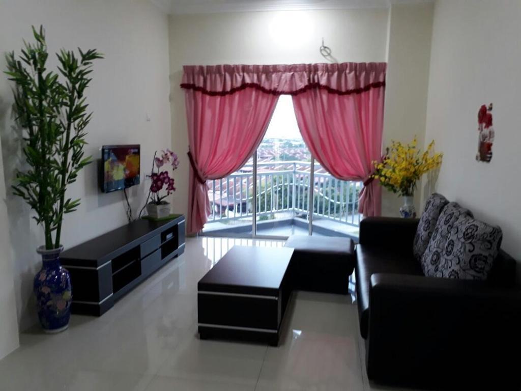 <div data-et-view=NAFQCDCcdXDPdFO:1</div Homestay @ Sky Garden Residency, Klebang Perak