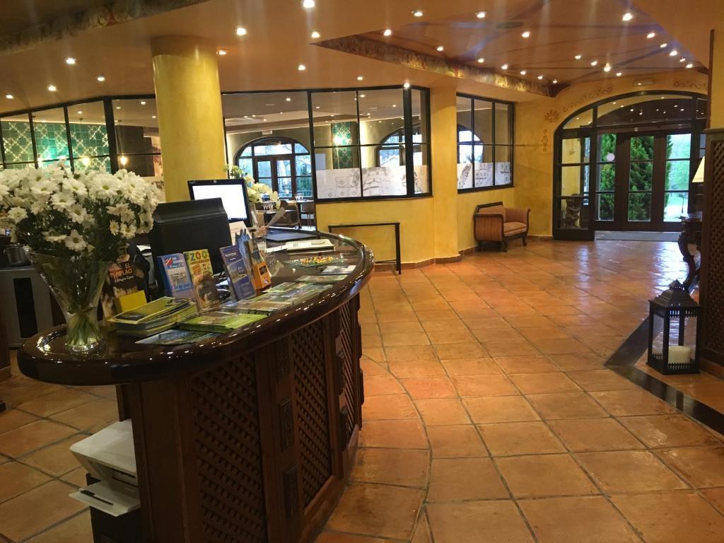 Hotel comillas comillas book your hotel with viamichelin - Apartamentos club condal comillas ...