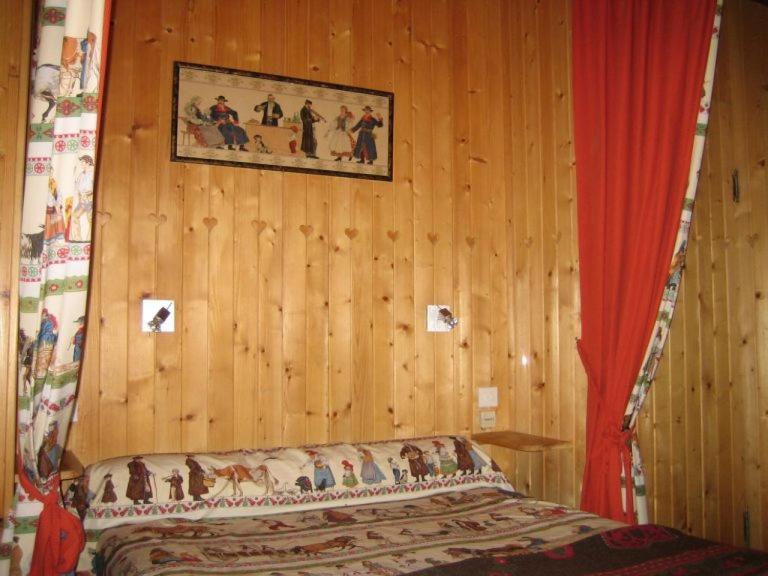 l 39 atalaya chambres d 39 h tes font romeu online booking viamichelin. Black Bedroom Furniture Sets. Home Design Ideas