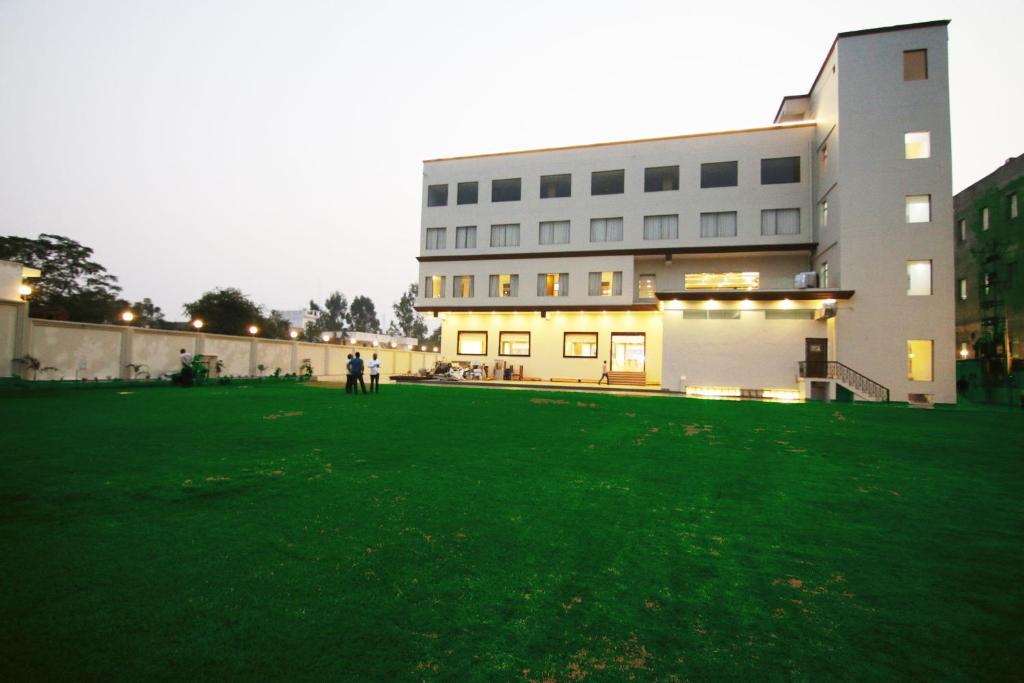 hotel corporate bari brahmana jammu india - photo#4
