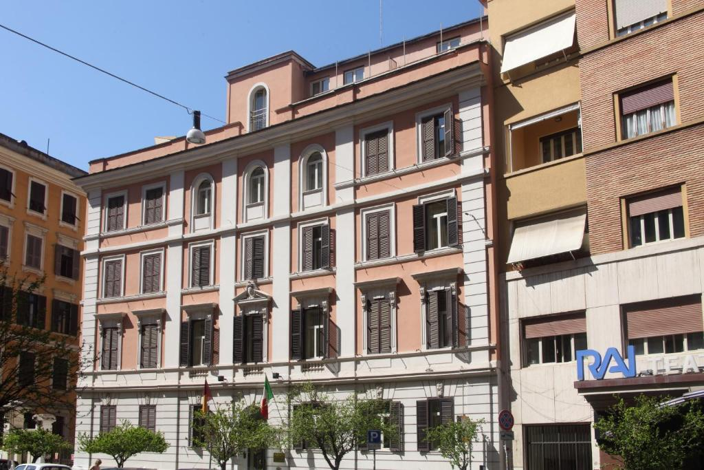 Hotel delle vittorie rome book your hotel with viamichelin for Hotel roma booking