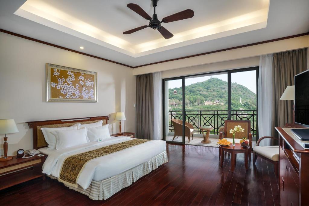 Phòng Grand Deluxe Giường Đôi - Chỉ Bao Bữa Sáng